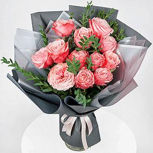 Бизнес-букет +30% цветов с доставкой в Уссурийске